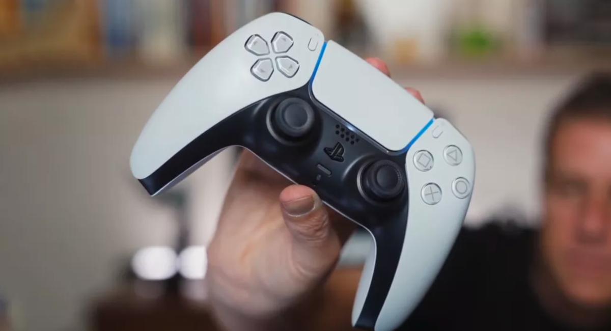 Vi anmelder Playstation 5 – og dette er det klart beste spillet